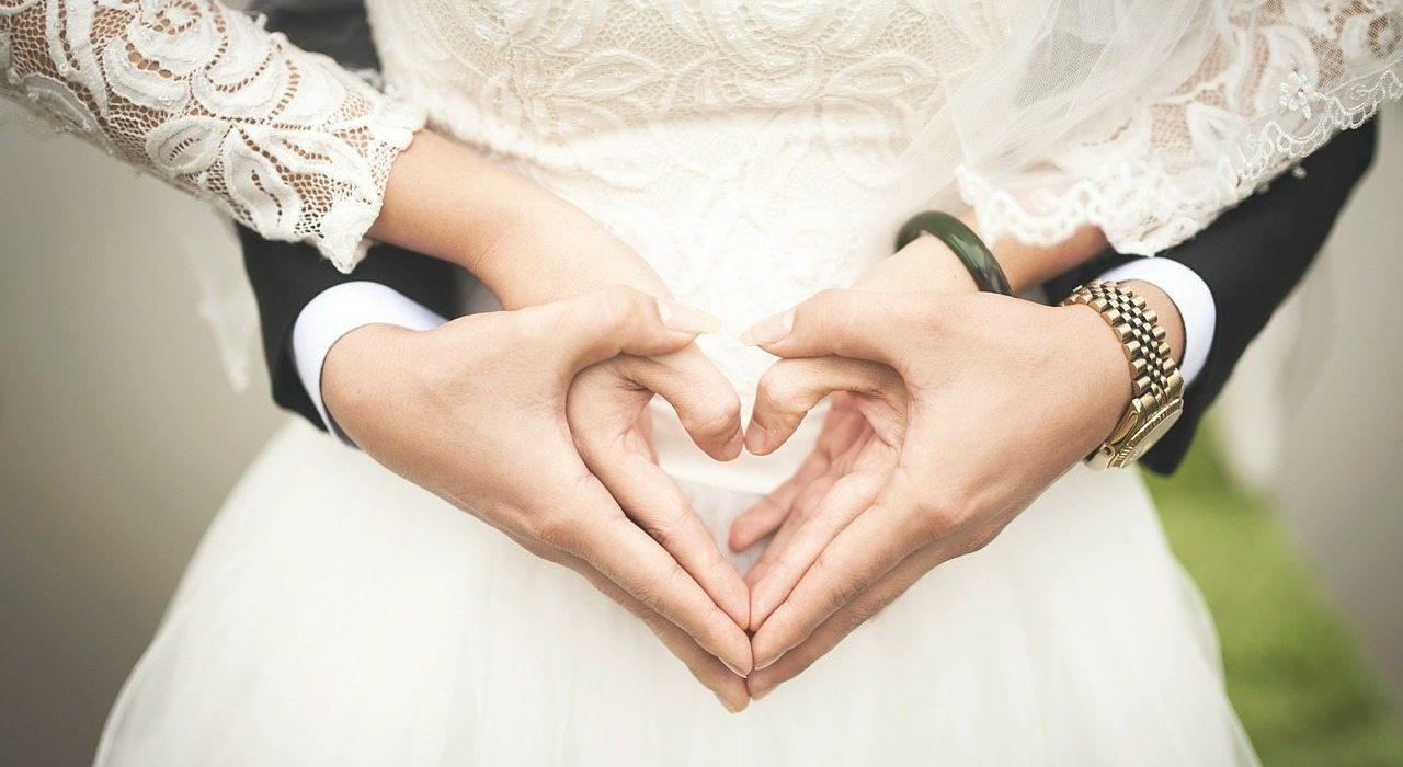 wedding tips to save money